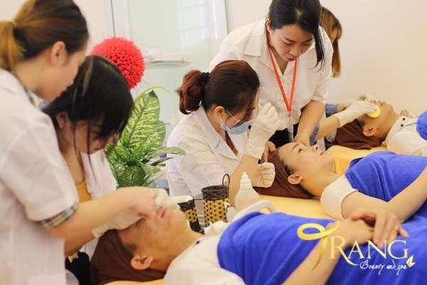 Tuyển kỹ thuật viên chăm sóc da chuyên sâu Hà Nội